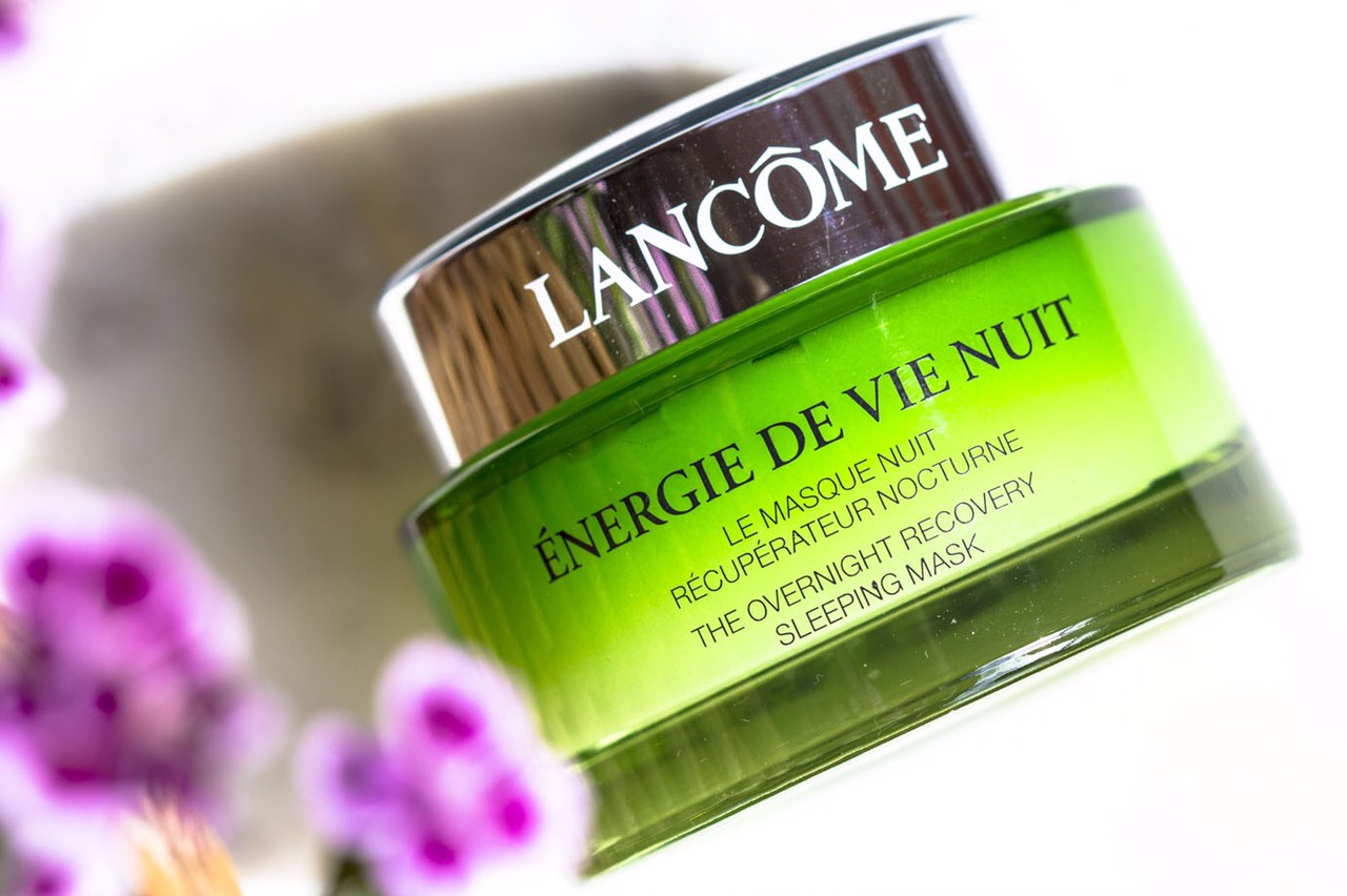 Редакция тестирует: увлажняющая линия Énergie de Vie от Lancôme-320x180