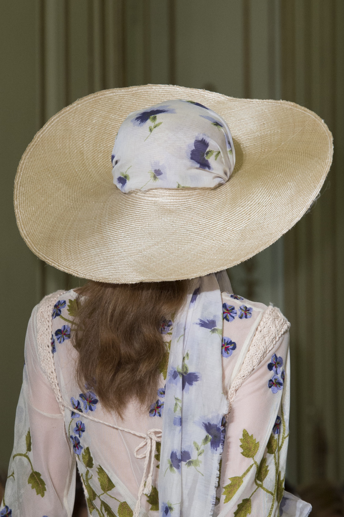 Широкополая шляпа Luisa Beccaria весна-лето 2016