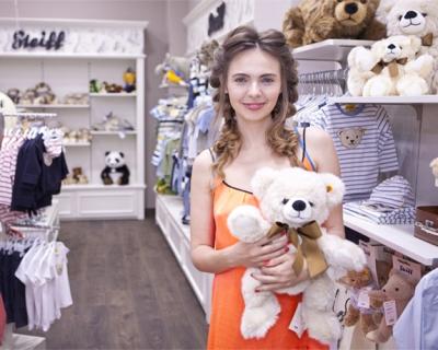 В Киеве открылся магазин бренда Steiff-430x480