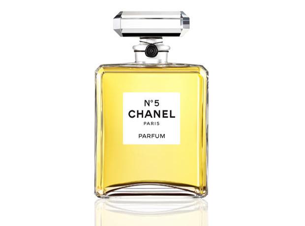 Классика жанра: 10 культовых ароматов всех времен-320x180