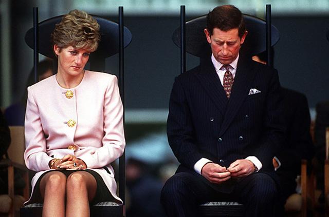 6 книг о королевских семьях фото