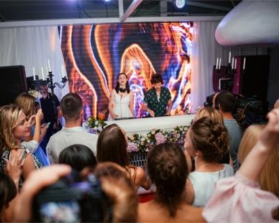 Marie Claire Summer Party: фотоотчет с вечеринки-430x480