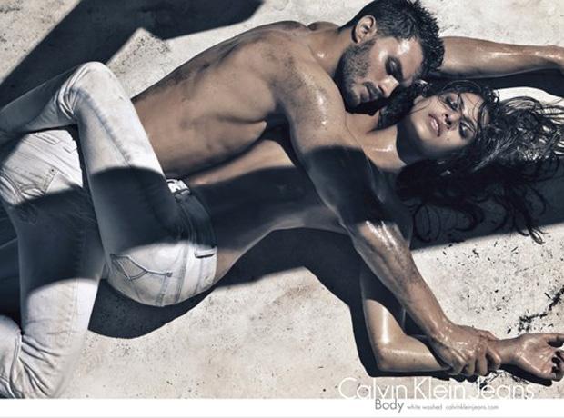 22 рекламные кампании Calvin Klein Jeans-320x180