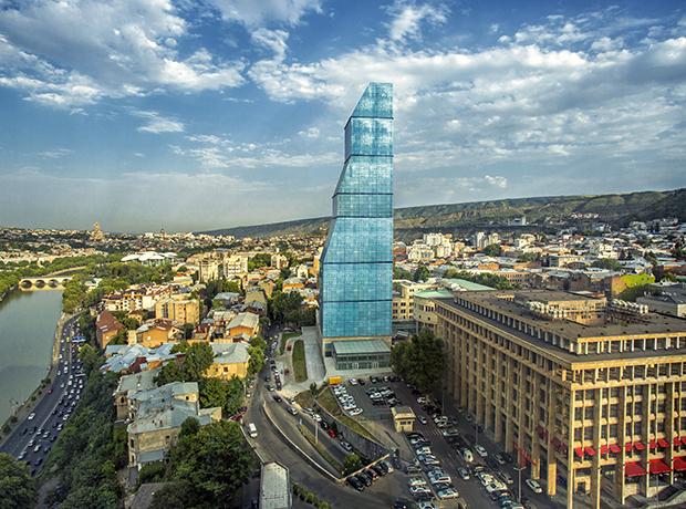 Грузинские каникулы: The Biltmore Hotel в Тбилиси-320x180