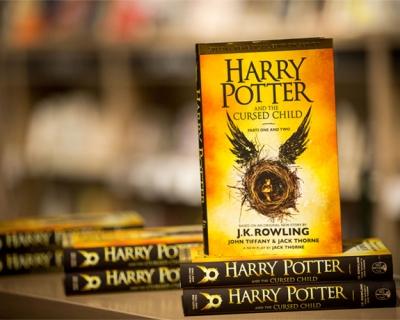 Новый «Гарри Поттер» стал самой продаваемой книгой десятилетия-430x480