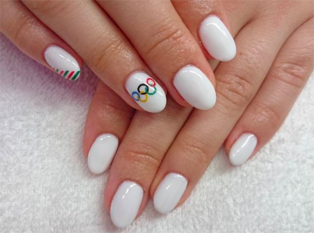 Модный тренд в Instagram: маникюр в стиле Олимпийских игр-320x180