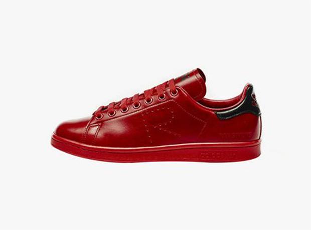 Раф Симонс создал новую коллекцию для Adidas-320x180