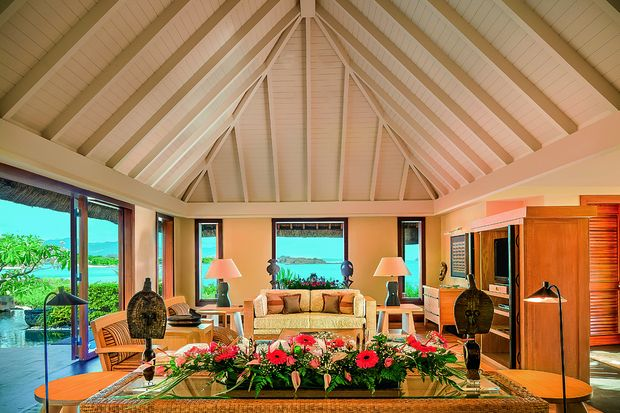 58642779-h1-the_oberoi_mauritius_-_royal_villa_living_room-copy