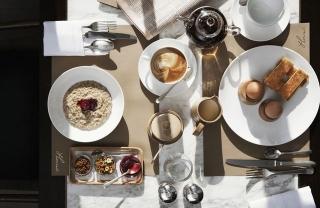 Модная кухня: кафе и бары, открытые модными Домами и дизайнерами