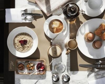 Модная кухня: кафе и бары, открытые модными Домами и дизайнерами-430x480