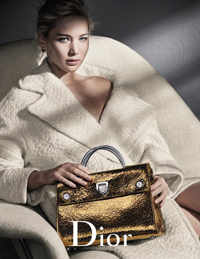 Дженнифер Лоуренс  новую коллекцию сумок Dior