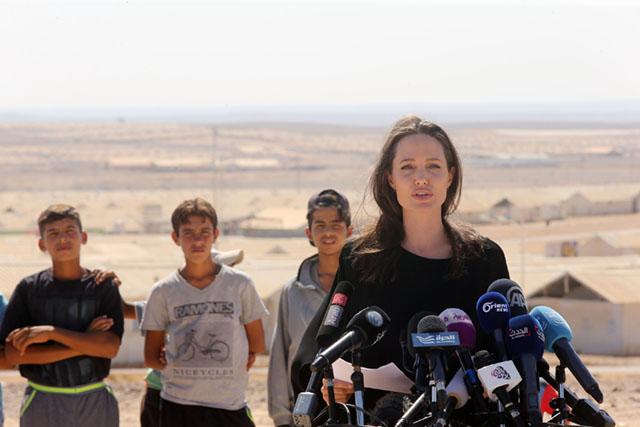Анджелина Джоли - посол ООН
