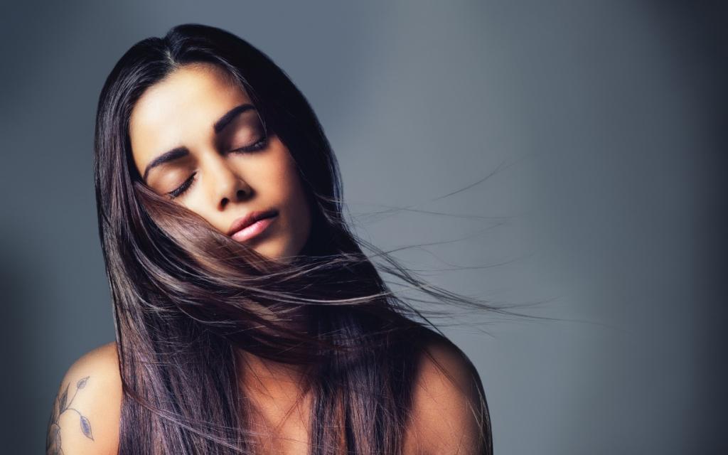 Без потерь: как бороться с выпадением волос?-Фото 1