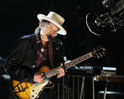 Достучаться до небес: 10 главных песен Боба Дилана-430x480