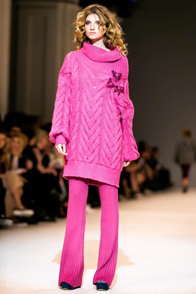 Бренд женской одежды T. Mosca