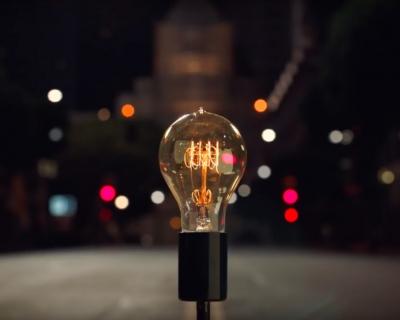 Величайшие изобретения человечества в новой рекламе Apple-430x480