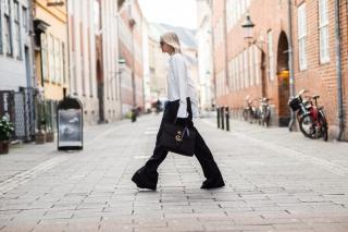 С чем носить черные брюки: неожиданные идеи на осень