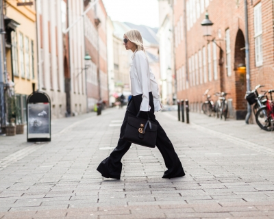 С чем носить черные брюки: неожиданные идеи на осень-430x480