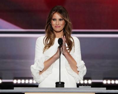 Стиль первой леди: кто из известных дизайнеров хотел бы одевать Меланию Трамп-430x480