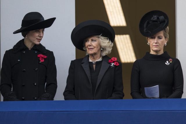 Кейт Миддлтон, герцогиня Корнуольская Камилла и графиня Уэссекская Софи