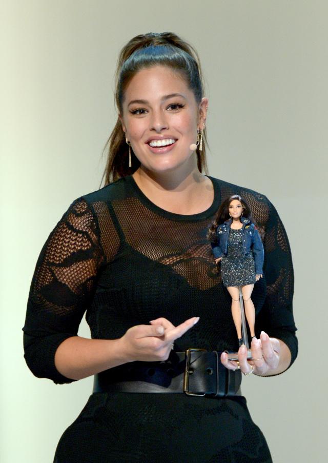 Эшли Грэм Барби plus size