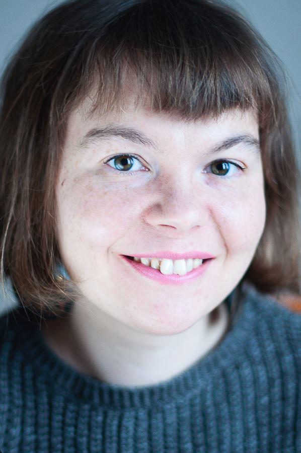 «Литература − это мой стиль жизни»: Галина Ткачук о книгах, историях и секрете успеха-320x180