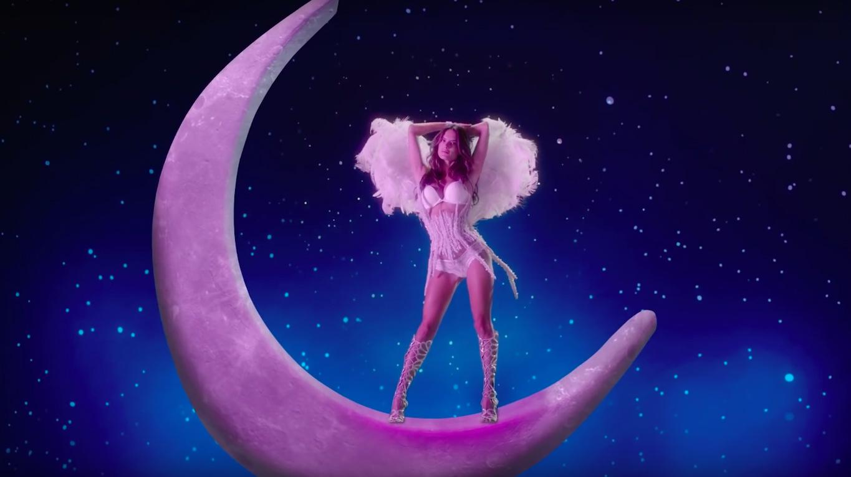 Новогодний видеоролик Victoria's Secret