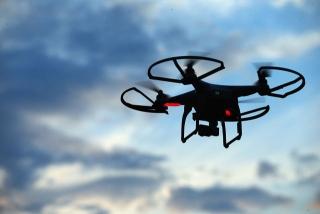 Amazon тестирует доставку дронами