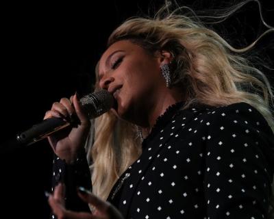 Поисковая выдача: песни, которые мы чаще всего гуглили в 2016 году-430x480