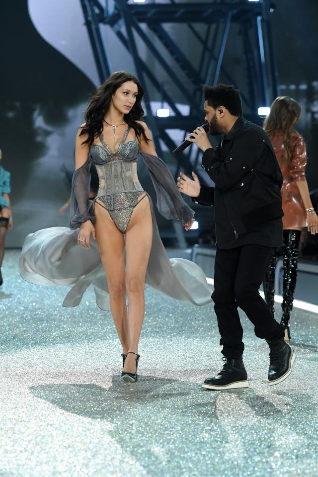 Белла Хадид и The Weeknd на Victoria's Secret Fashion Show 2016