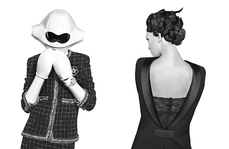 Поп-Лолита и киберпанк в новом кампейне Chanel-320x180