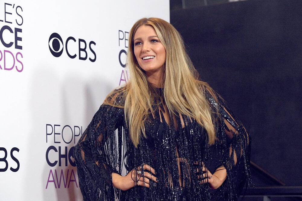 People's Choice Awards ─ 2017: лучшие образы с красной дорожки и победители-320x180