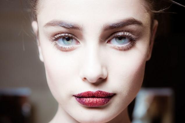 Atelier Versace : Backstage - Paris Fashion Week - Haute Couture Fall/Winter 2016-2017
