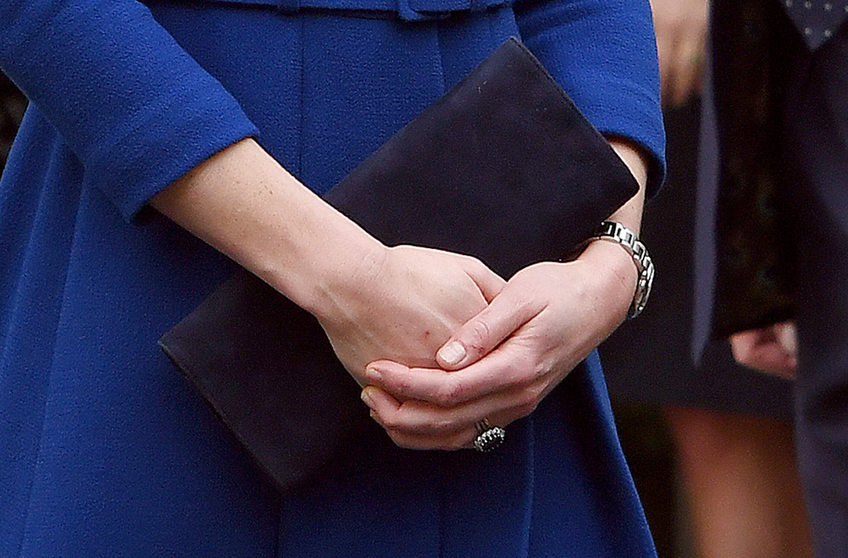 Герцогиня Кембриджская в пальто британского бренда Eponine