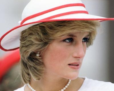 В Лондоне установят памятник принцессе Диане-430x480