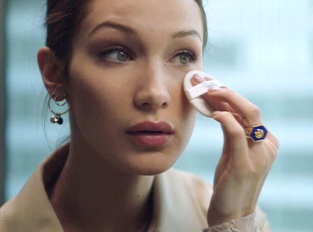 Новое видео Dior: как повторить макияж Беллы Хадид-320x180
