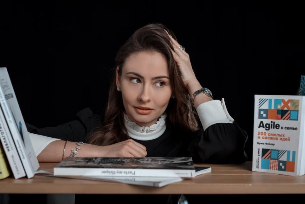 «В хаотичном потоке информации меня спасает календарь с расписанными планами», — Екатерина Белорусская-Фото 2