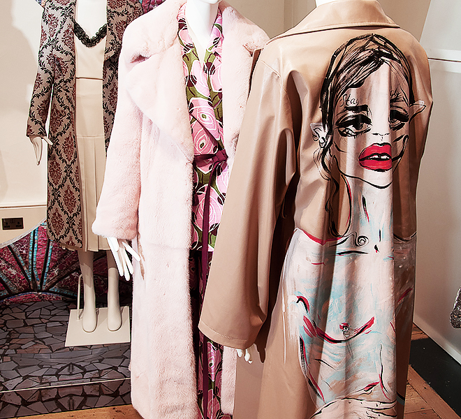 Украинские дизайнеры представили свои работы на London Fashion Week-320x180