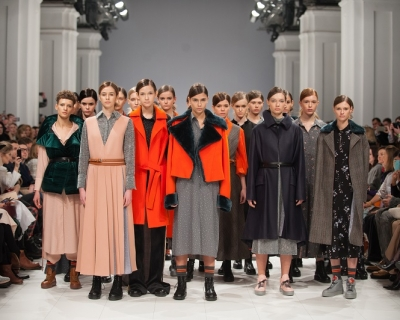 Украинский бренд POUSTOVIT покажет коллекцию в Милане и Париже-430x480