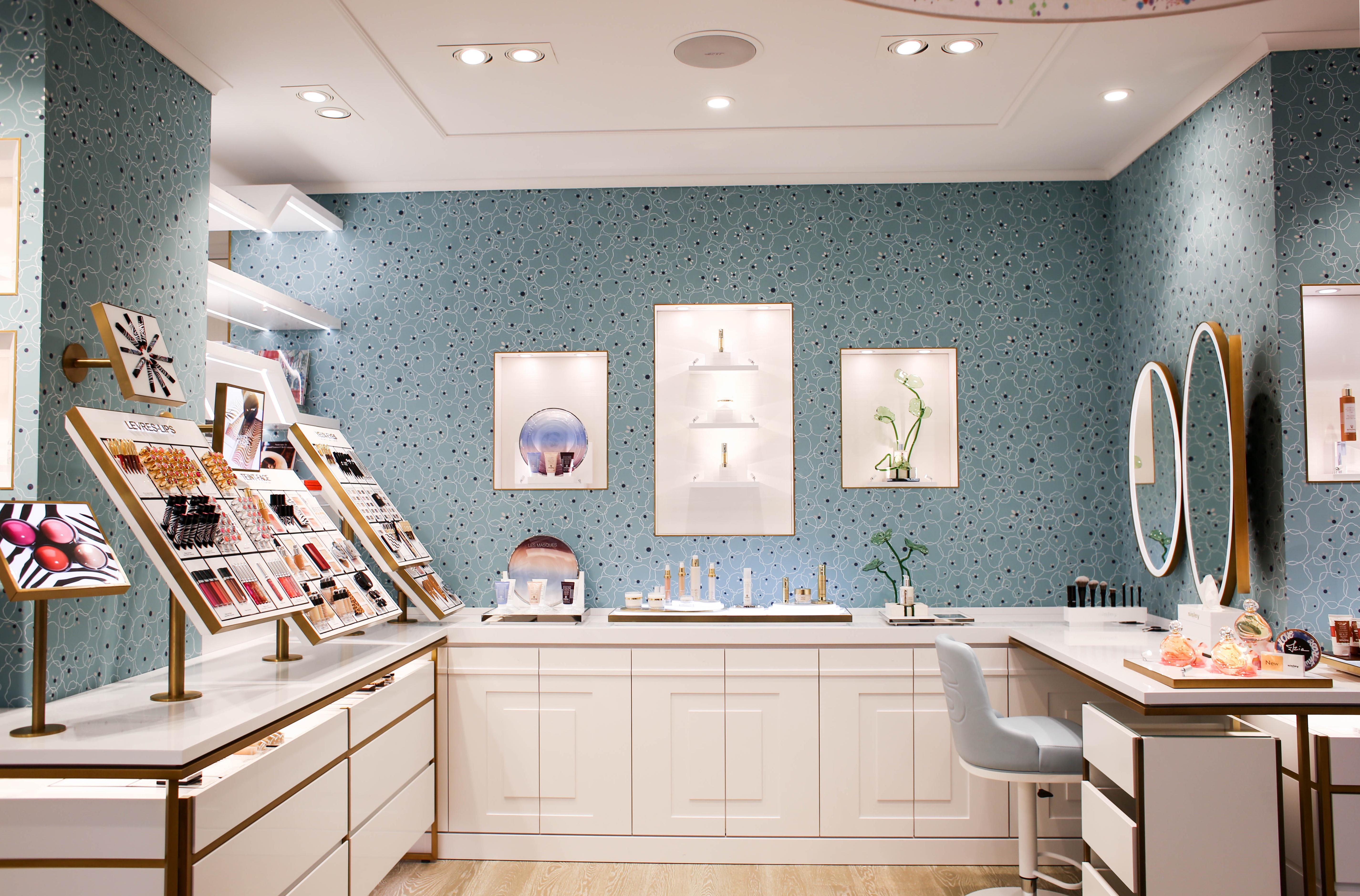 В сердце Парижа открылся Дом Красоты Maison Sisley-320x180