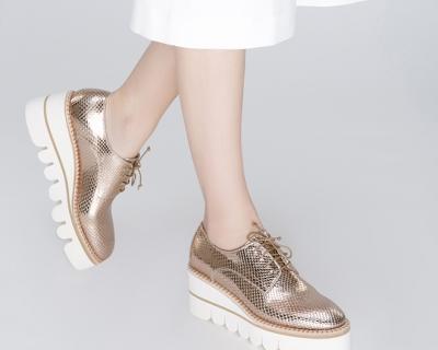 Обувь Ballin впервые появилась в бутике Symbol-430x480