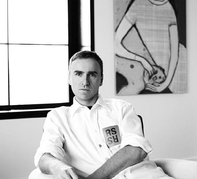 Раф Симонс рассказал, почему стал креативным директором Calvin Klein-320x180