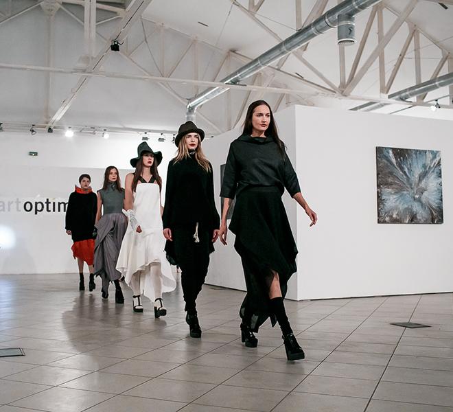 Показ коллекции украинского бренда IVANOVA-320x180