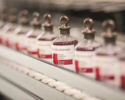 Из чего на самом деле состоит бренд Yves Rocher-430x480