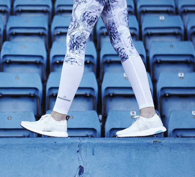 Стелла Маккартни и Adidas выпустили кроссовки из океанического пластика-320x180
