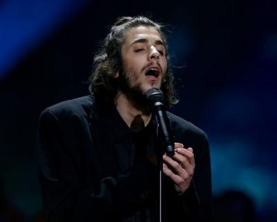 Песню Сальвадора Собрала перепели на украинском языке-430x480