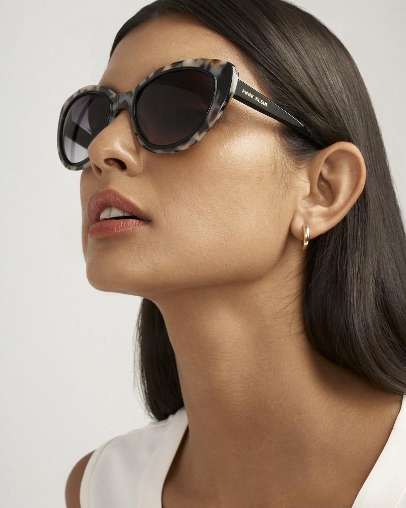 С широко закрытыми глазами: Как правильно выбирать солнцезащитные очки-Фото 10