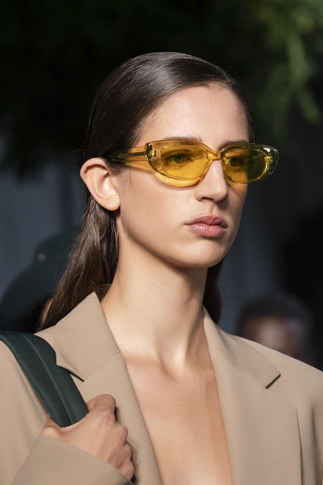 С широко закрытыми глазами: Как правильно выбирать солнцезащитные очки-Фото 9