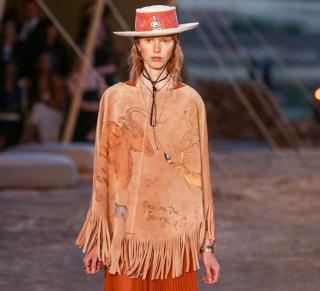 Женское шаманство: круизная коллекция Dior