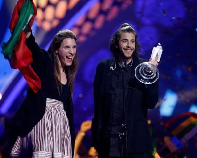 Победитель «Евровидения-2017»: что мы знаем о Сальвадоре Собрале-430x480